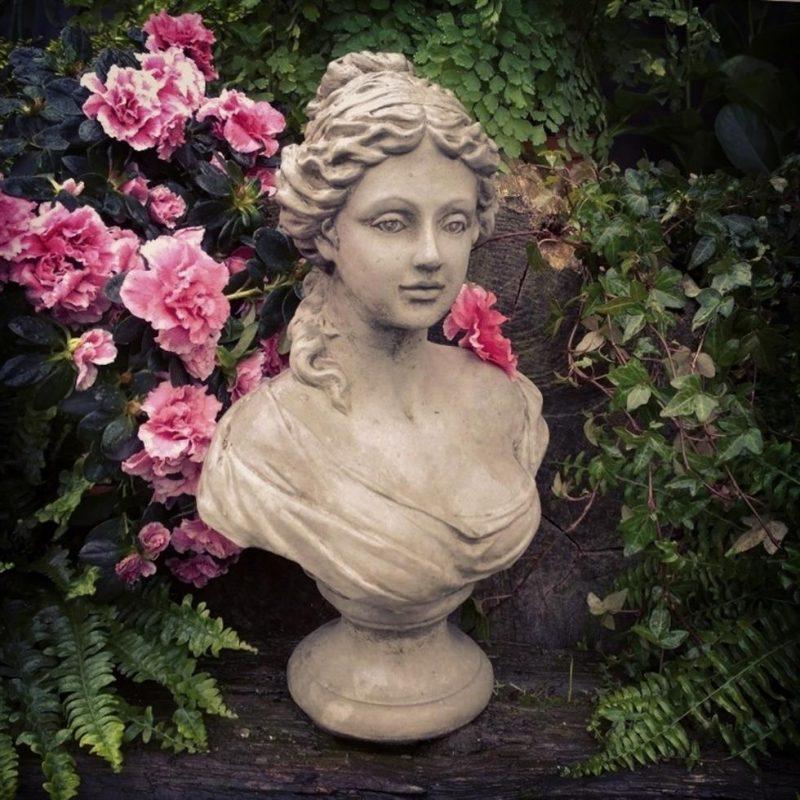 Garden Ornate Lady Bust