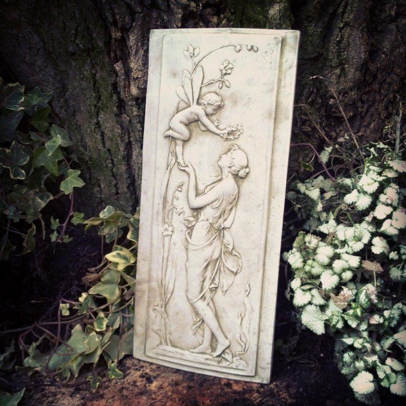 Garden Fairy Garland Plaque