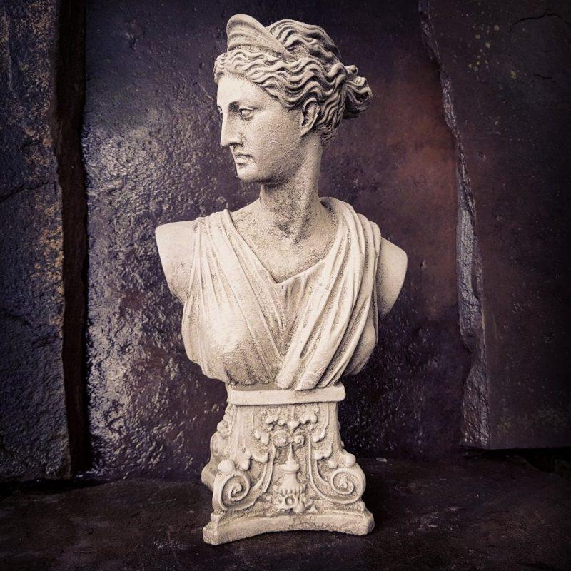 Garden Roman Goddess Statue
