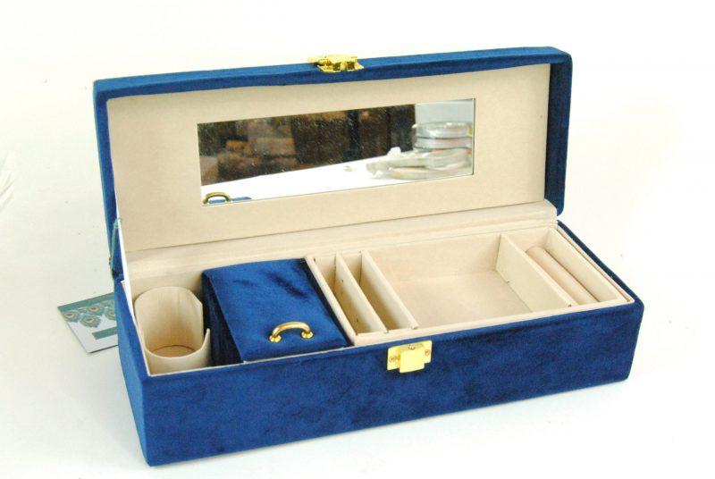 -Jewellery Boxes & Trays