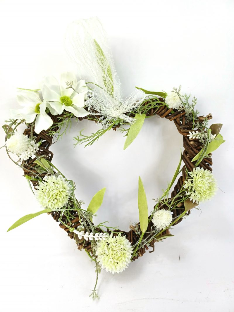 heart wreath cream flowers