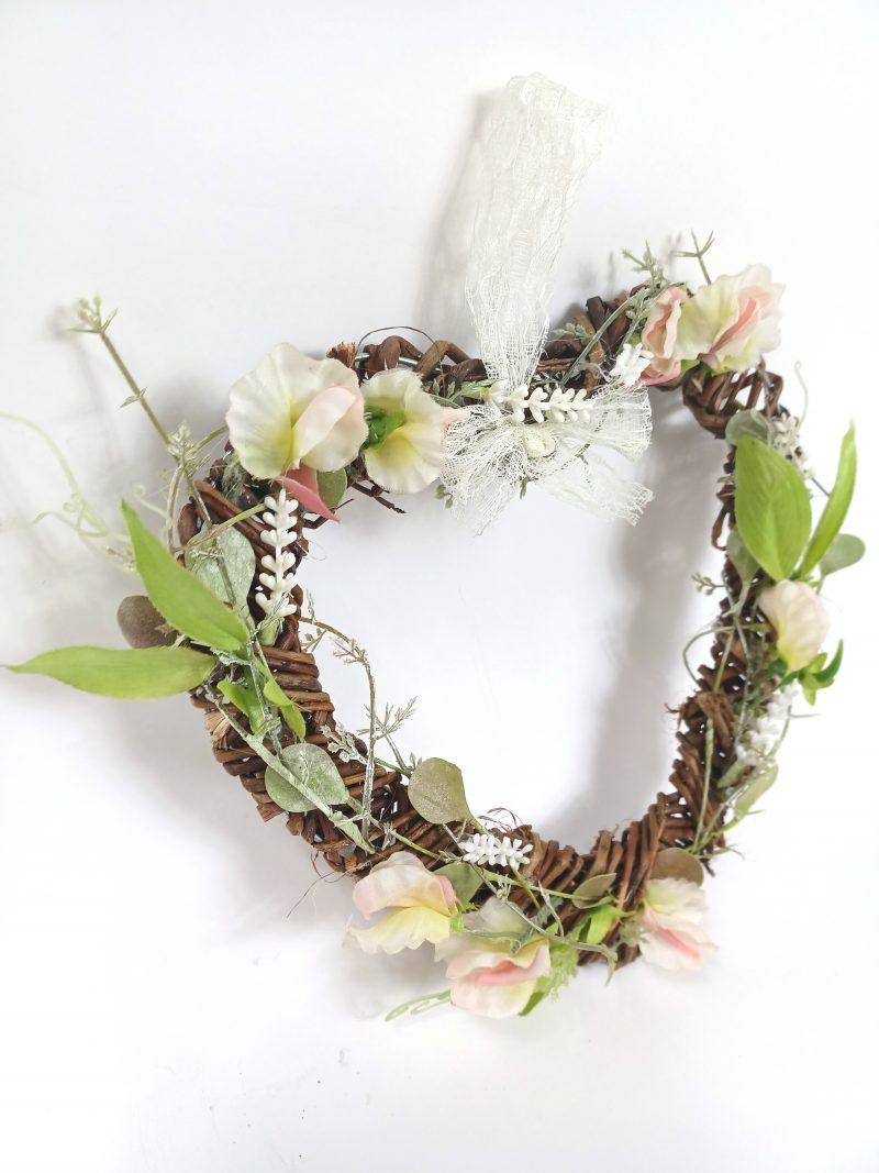 Sweet Pea Hanging Heart Decoration